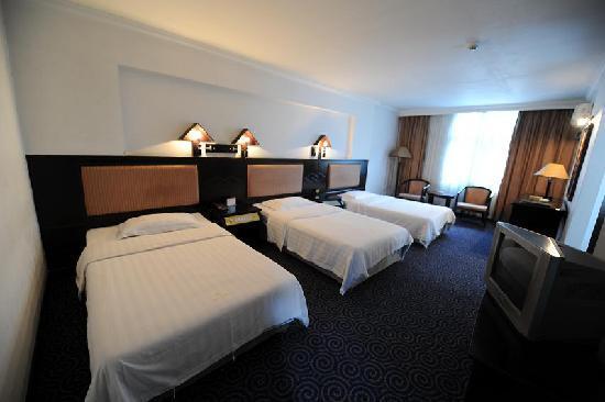 Chuangxing Hotel: 三人间