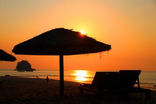 Serela Kuta : 库塔海滩日落