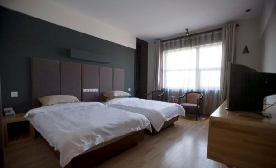 Jinwan Business Hotel: 标间
