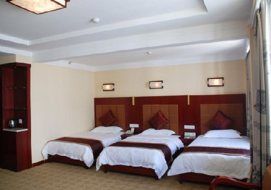 Wuyue Scenic Hotel Wuyuan: 三人间