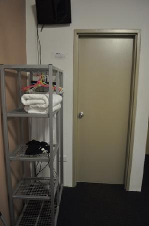 Big Hostel: 双人间内含独立卫生间