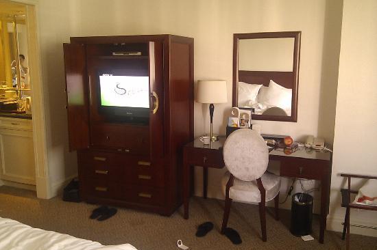 Sunshine Hotel Jiaxing: 电视