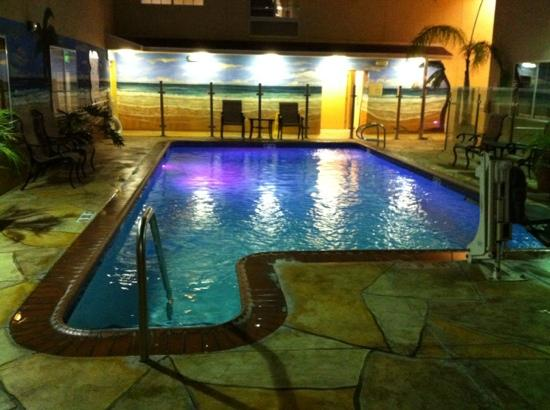Holiday Inn Express Hotel & Suites Hollywood Hotel Walk of Fame: pool