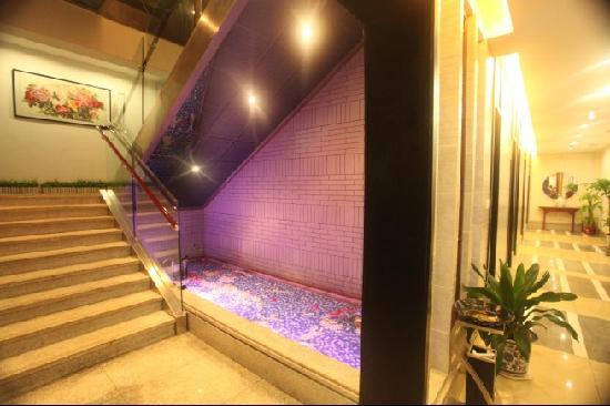 Tianyi Hotel : 餐饮一角