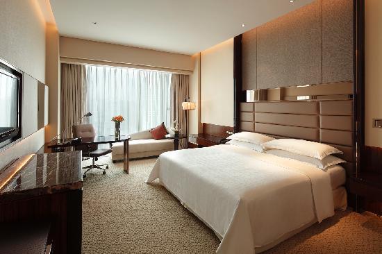 Sheraton Hefei Xinzhan Hotel : 豪华大床间 Deluxe King