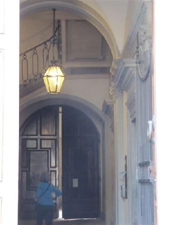 Hotel Palazzo Guadagni: 门口