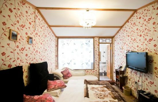 Xixili Inn: 豪华大床房