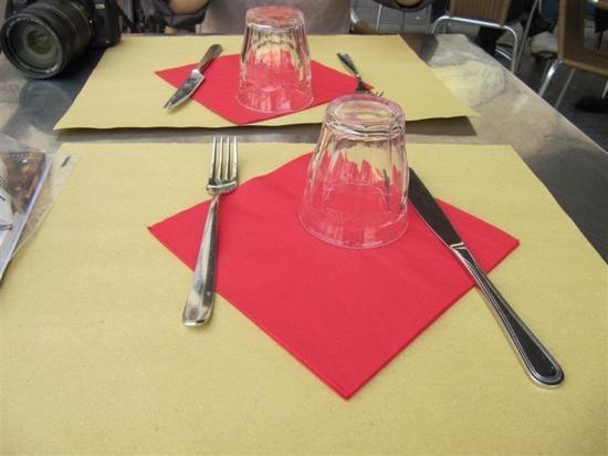 Cabiria: 餐桌