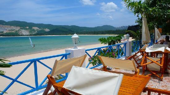 Yuehai Beach Resort Sanya: 临海院子