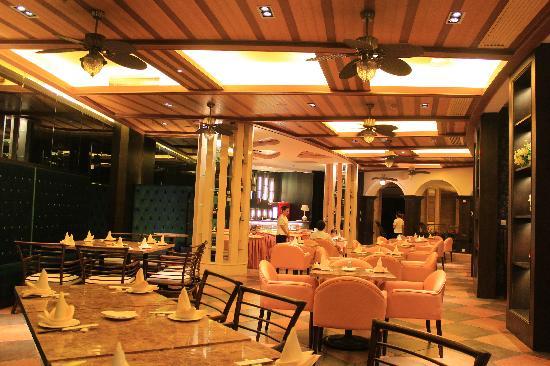 Sanya Yalong Bay Sintra Suites Hotel: 餐厅