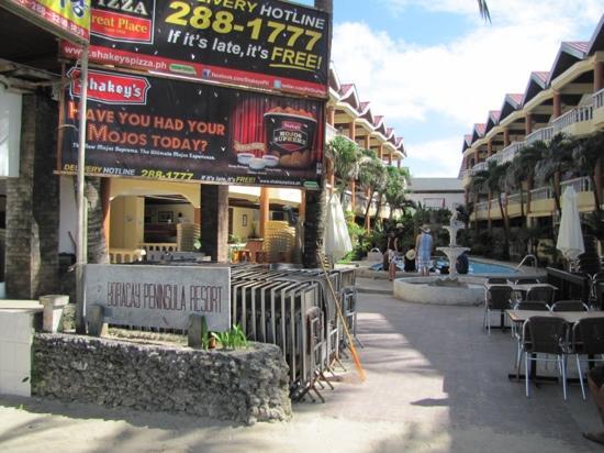 Boracay Peninsula Resort: peninsula 