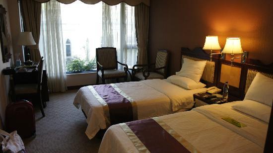 Guia Hotel: view3