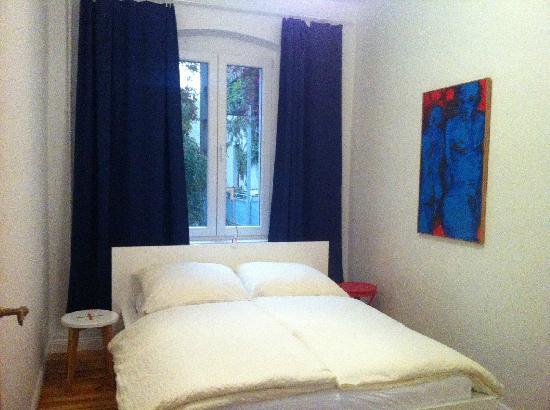 Stars Guesthouse Berlin: 卧室1