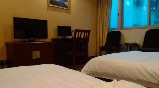 Qinyuan Hotel : 豪华双人房