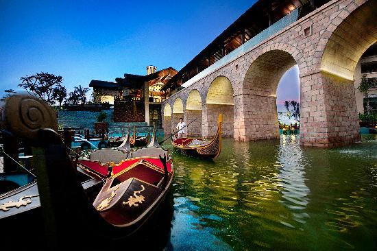 Wanda Vista Resort Sanya: Dragon Boat