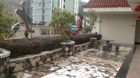 Youzhou Hotel: 露台