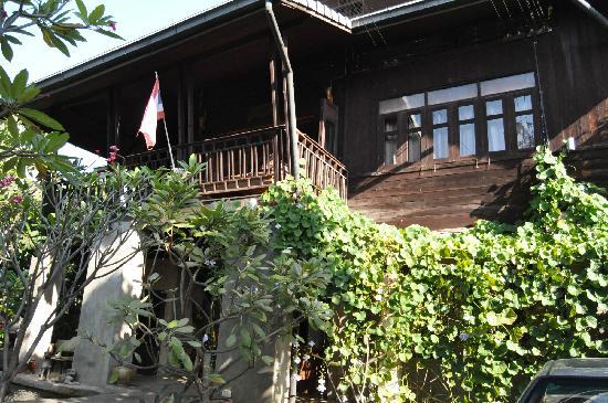 Baan Hanibah: 酒店外观