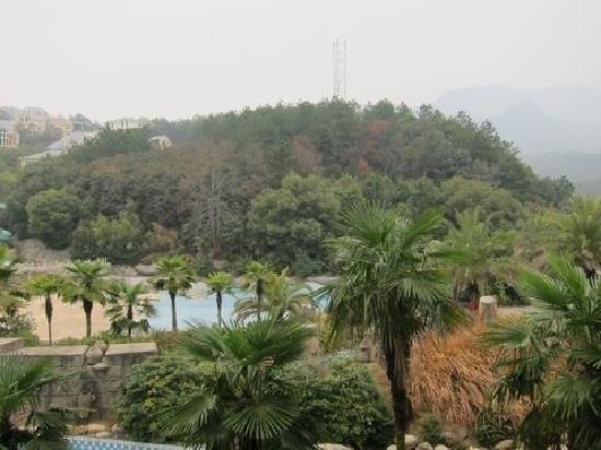 Longwan Hotspring Resort: 龙湾温泉