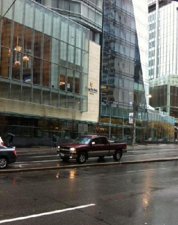 Shangri-La Hotel Toronto: 外观
