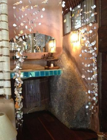Koh Tao Cabana: 卫生间