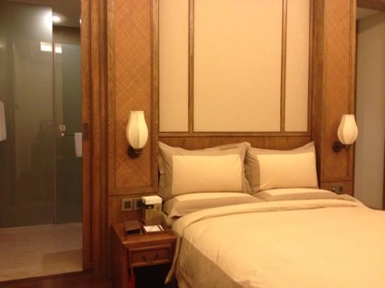Lingshan Inn