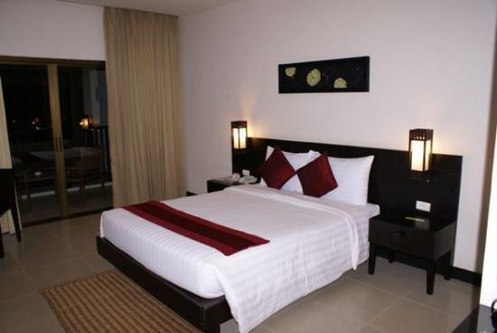 Deevana Plaza Phuket Patong: 大床房