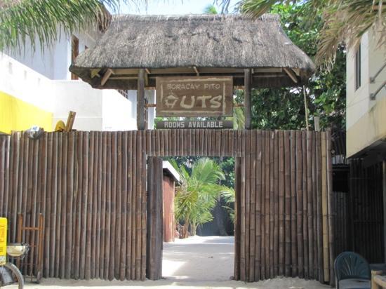 Boracay Pito Huts: pito huts