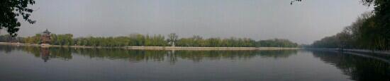 Back Lakes (Hou Hai): 后海全景 