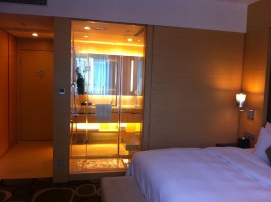 Crowne Plaza Hotel Hong Kong Causeway Bay: 香港铜锣湾皇冠假日行政房