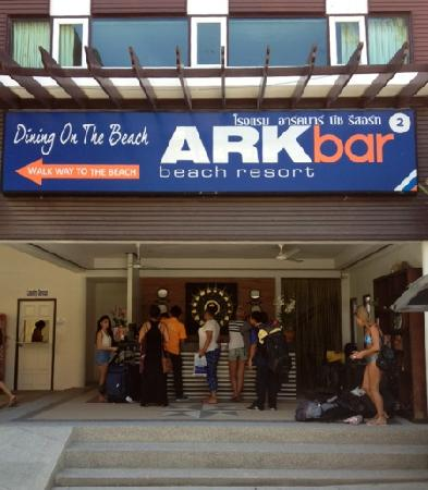 Ark Bar Beach Resort: Ark bar