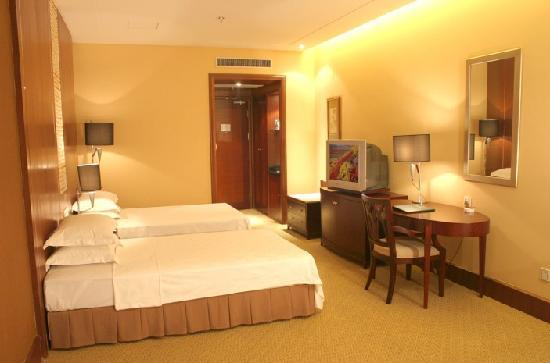 Yintong Huangguan Jiari Hotel