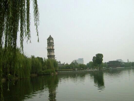 义乌绣湖公园