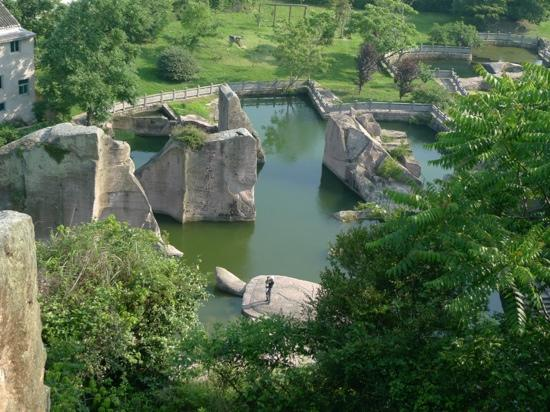 Ninghai County, China: 伍山石窟