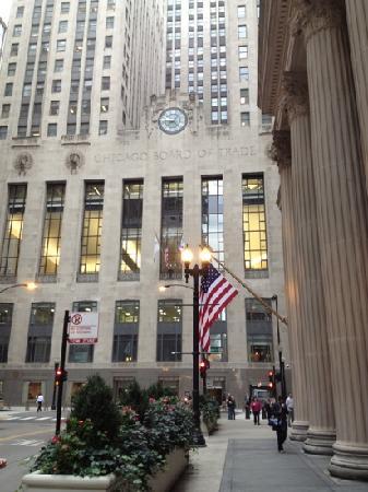 Chicago Board of Trade Building : 交易所大楼