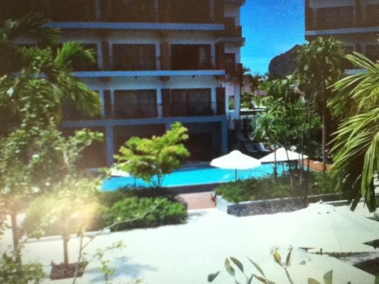 Deevana Plaza Krabi Aonang: 从大堂走到房间看到的风景
