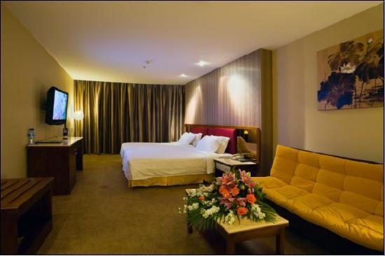 L Hotels (Zhuhai Lianhua)