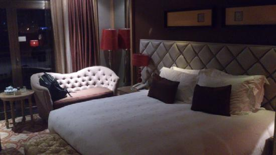 Jinjiang International Hotel: 房内