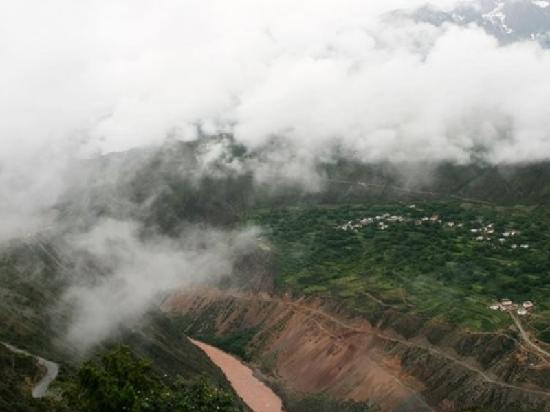 Lancang river Canyon: 澜沧江