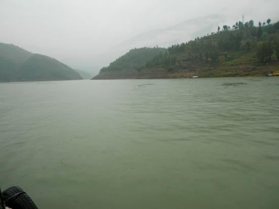 Small Three Gorges in Chongqing : 风平浪静的小三峡