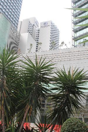 DoubleTree by Hilton Kuala Lumpur: outside
