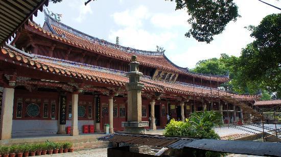 Fujian Quanzhou Chengtian Temple : 承天寺大殿