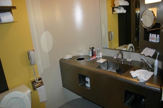 Soho Grand Hotel: 卫生间