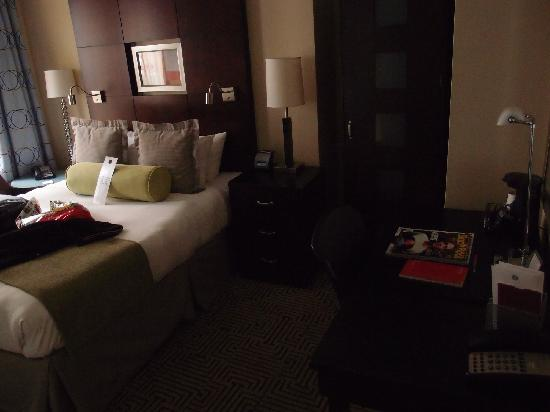 Hotel Mela: 卧室