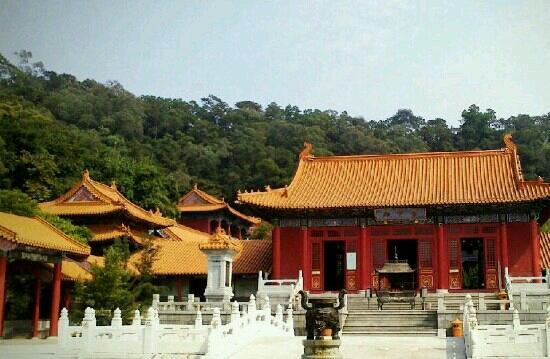 Xinhui Ziyun Temple