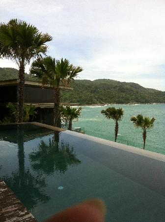 Impiana Private Villas Kata Noi : 左侧可以远望到沙滩