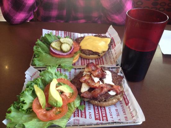 Smashburger : 现做的 好吃