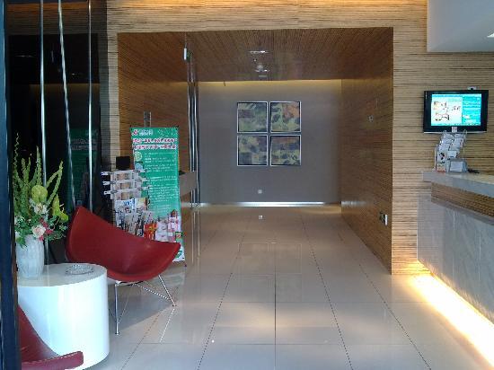 Jinjiang Inn (Fuding Tailao Avenue): 总台大堂