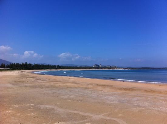 Haitang Bay: 足可与亚龙湾媲美的三亚极品海滩。