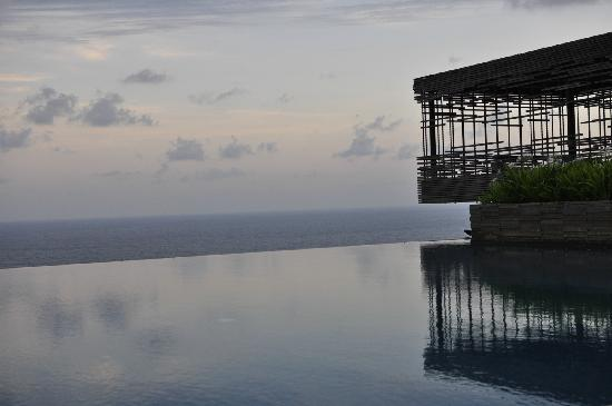 Alila Villas Uluwatu: sunset
