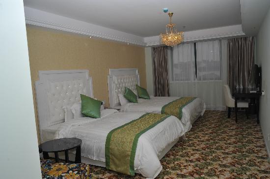 Chengshi Yuntong Huayuan Hotel: 标准间